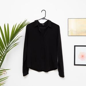 "Theory Silk ""'Elegance' Biddy"" Button-Down - M"